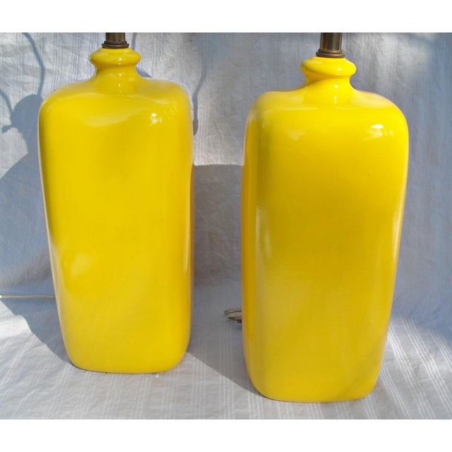 Mid Century Modern Vibrant Yellow Lamps - Pair - Image 5 of 8