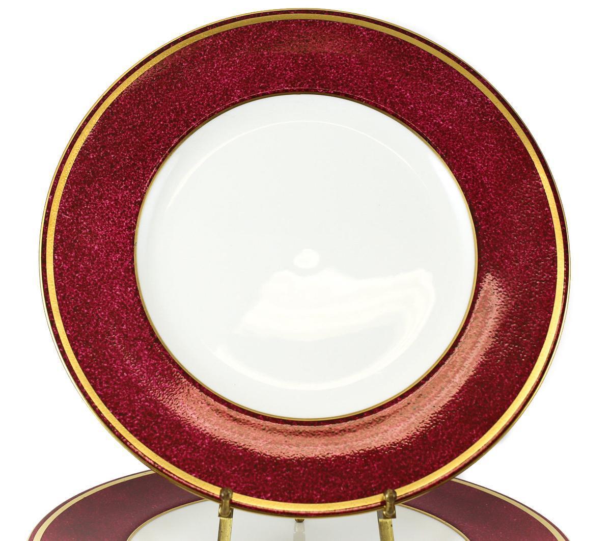 C 1960 Wedgwood Porcelain 10.5\  Dinner Plates in Swinburne Ruby - Set of 14 -  sc 1 st  Chairish & C 1960 Wedgwood Porcelain 10.5\