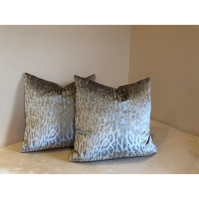 Holly Hunt Holly Hunt on the Prowl Meli Metallic Leopard Print Pillows - a Pair For Sale - Image 4 of 4