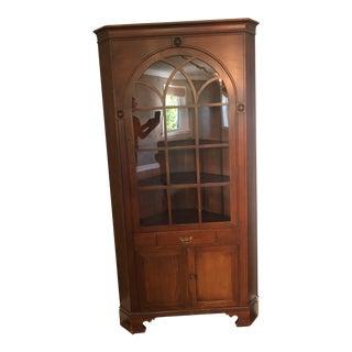 Statton Trutype Americana Cherry Corner Cabinet For Sale