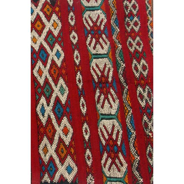 "Red Moroccan Berber Tribal Kilim Rug 3' 2"" x 5' 3"" - Image 5 of 5"