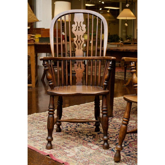 Country Set of Eight High-back Windsor Armchairs, English circa 1850 For Sale - Image 3 of 10