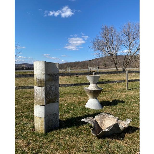 "Mid-Century Modern 1970s ""Luna"" Fiber Concrete Planters - Set of 5 For Sale - Image 3 of 6"