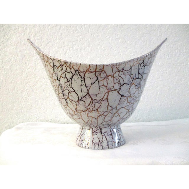 1950s Mid-Century Modern Royal Haeger Lilac & Gold Ceramic Vase For Sale In West Palm - Image 6 of 6