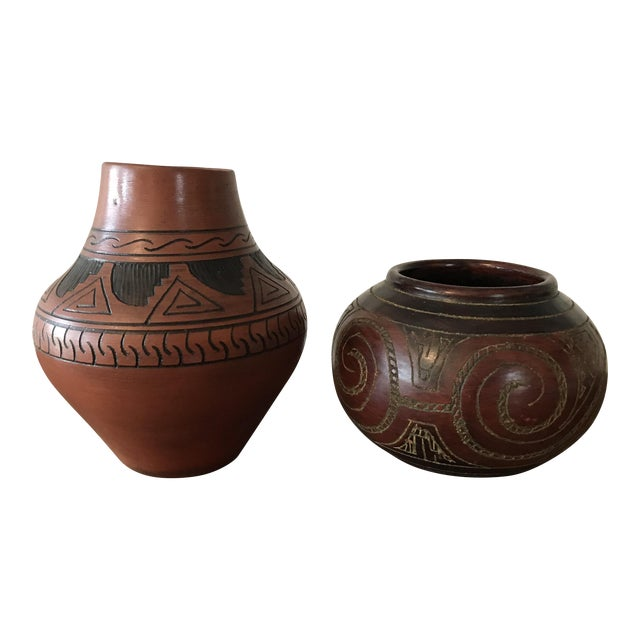 Navajo Brown Pottery Vases - a Pair For Sale