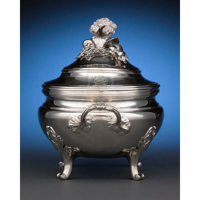 Louis XV Louis XV Silver Tureen by Jean-Baptiste-Francois Chéret For Sale - Image 3 of 5