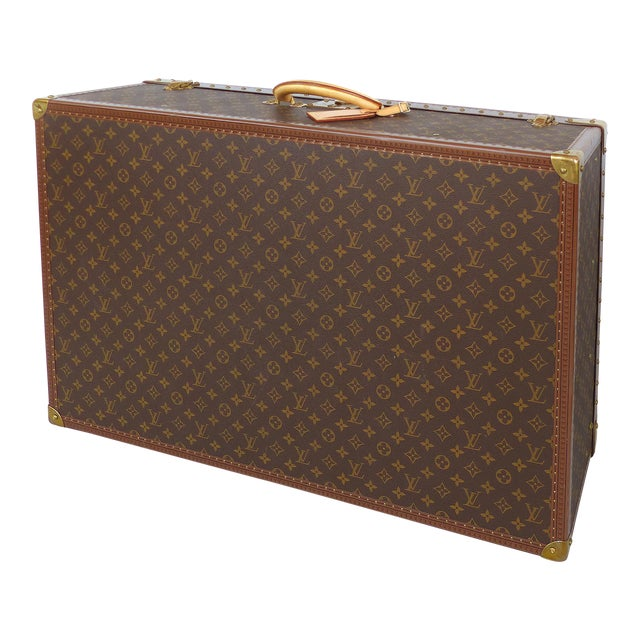 Louis Vuitton Alzer 80 Leather and Brass Suitcase & Original Protective Cover For Sale