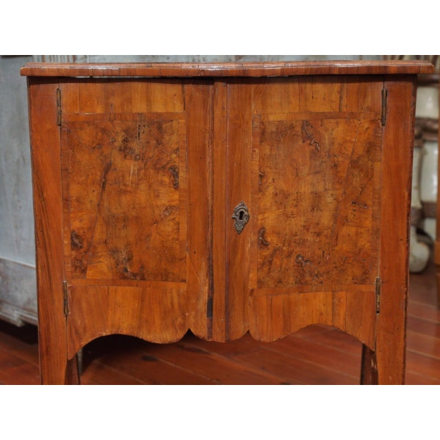 Mid 18th Century Petit Louis XV Cabinet For Sale - Image 5 of 12