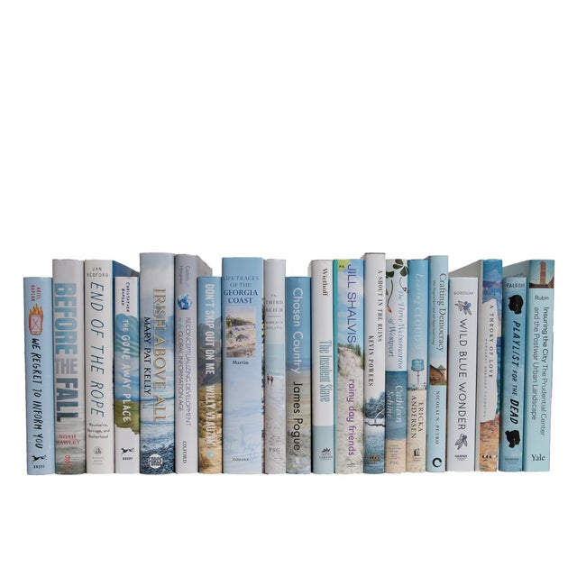 Transform your space with our Modern Nautical Dust Jackets By The Foot. These are authentic Modern hardback books in their...