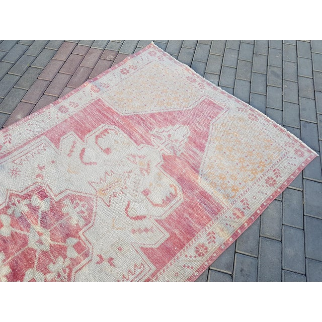 """Mid-Century Modern Distressed Red and Yellow Turkish Rug 4'1"""" X 8'6"""" For Sale - Image 3 of 12"""