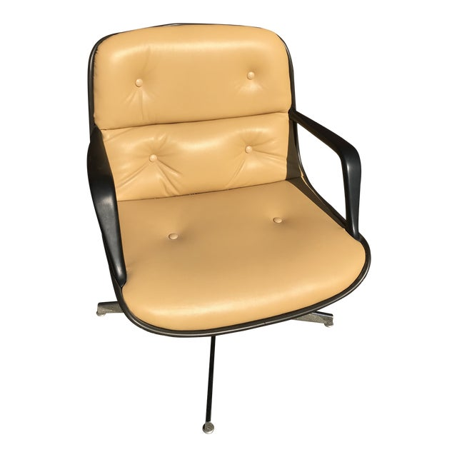 Mid Century Modern Steelcase Tan Leather Swivel Office Chair Newly Upholstered For Sale