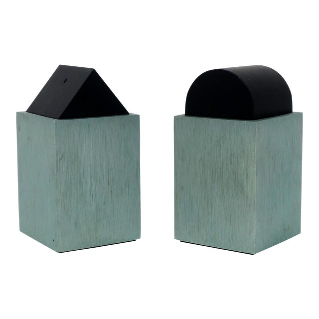 Green Post Modern Salt & Pepper by David Tisdale for Elika For Sale