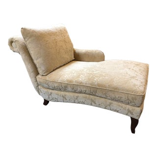 Custom Traditional Chaise Longue