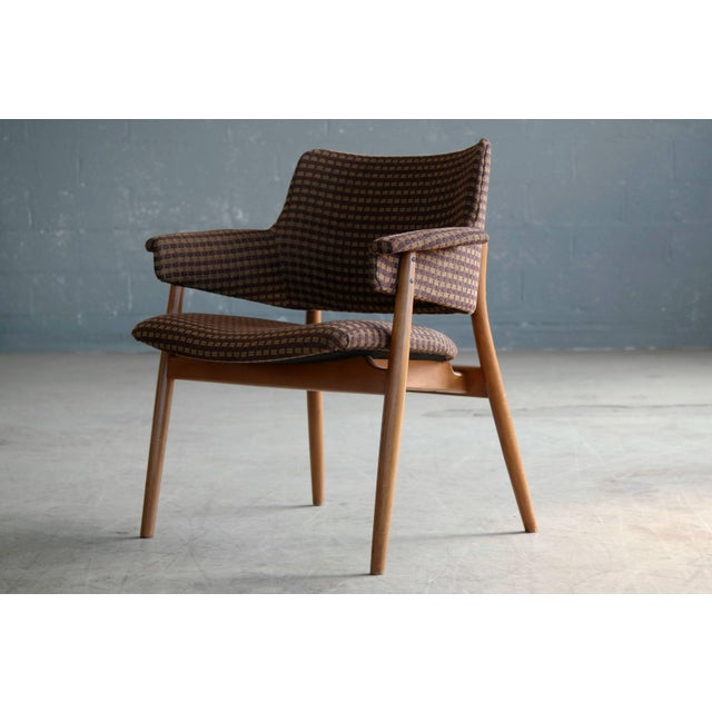 Mid-Century Modern Midcentury Hans Olsen Style Lounge or Accent Chair For Sale - Image 3 of 10