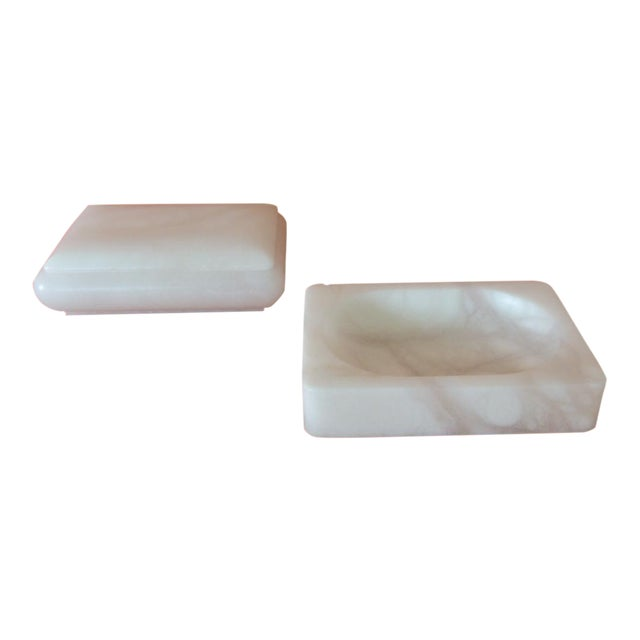 Set of Covered Box and Dish Italian Alabaster Decorative Accessories For Sale