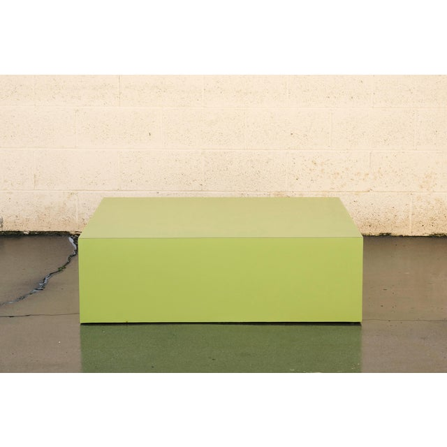 Mid-Century Modern Large Retro 1970s Retail Display Pedestal, Split Pea Green For Sale - Image 3 of 6