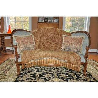 1900s Vintage Victorian Sofa Preview