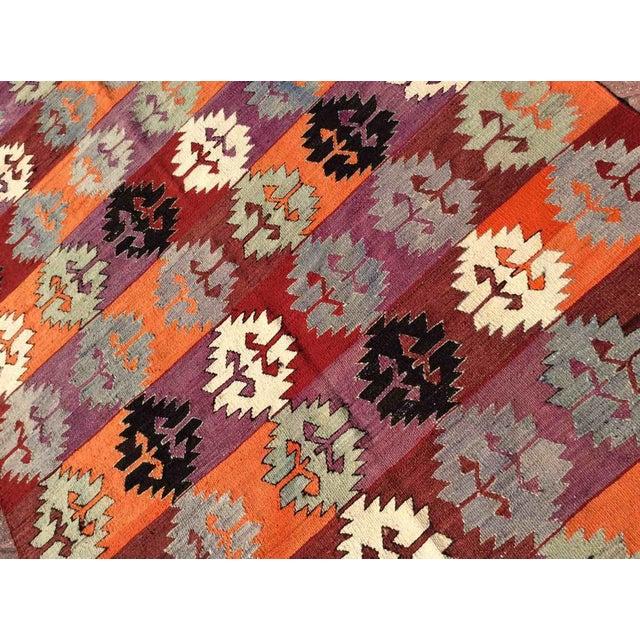 1960s Vintage Turkish Kilim Rug For Sale - Image 5 of 10