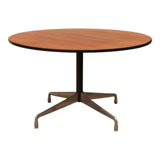 1976 Eames for Herman Miller Aluminum Group Round Table For Sale