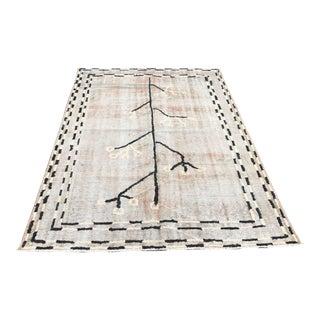 "Vintage Handmade Floor Carpet - 5'4"" x 7'10"""