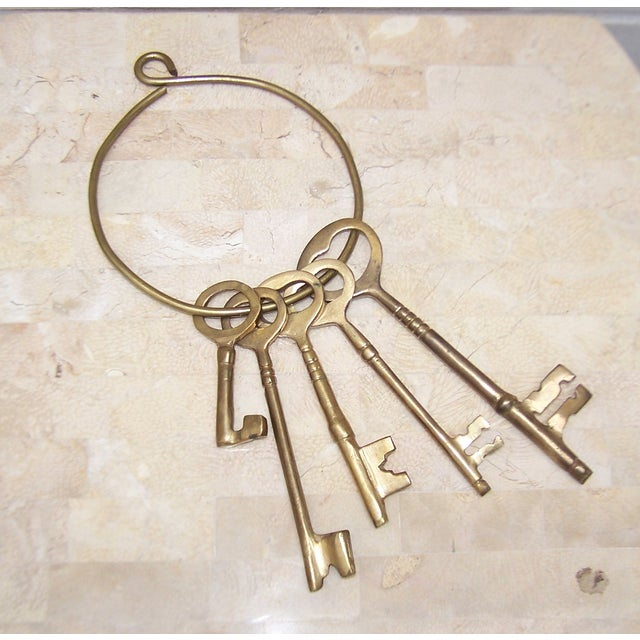 Vintage Ring of Brass Jailhouse Style Keys - Image 4 of 7