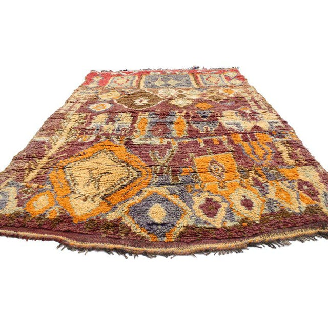 20632 Vintage Berber Moroccan Rug with Modern Tribal Style. Impeccably woven from hand-knotted wool and displaying a...