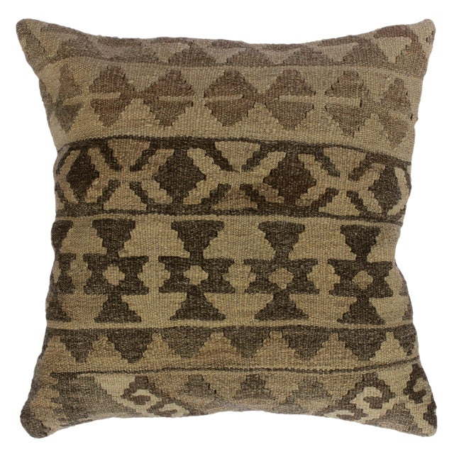 "Darcey Gray/Ivory Hand-Woven Kilim Throw Pillow(18""x18"") For Sale"