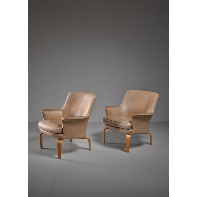 Arne Norell Arne Norell pair of 'Pilot' lounge chairs, Sweden For Sale - Image 4 of 5