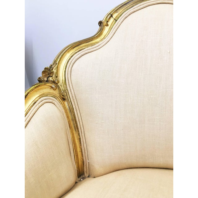 Pair of 19th Century Louis XV Giltwood Bergères For Sale In Dallas - Image 6 of 8