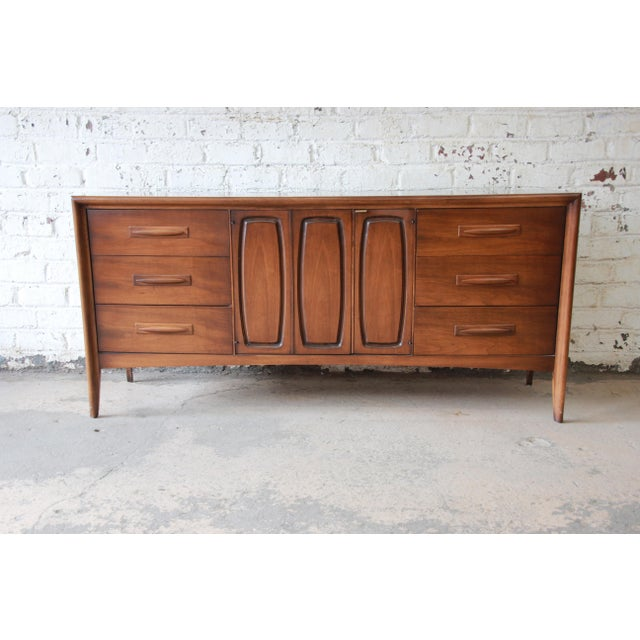 Broyhill Emphasis Mid-Century Modern Sculpted Walnut Triple Dresser Credenza For Sale - Image 12 of 12
