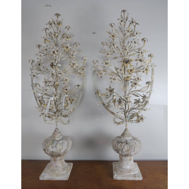 1900 - 1909 1900s Vintage French Painted and Metal Bouquets of Flowers- a Pair For Sale - Image 5 of 10