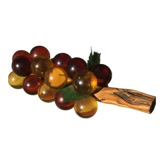 Vintage Mid-Century Lucite Grape Cluster For Sale