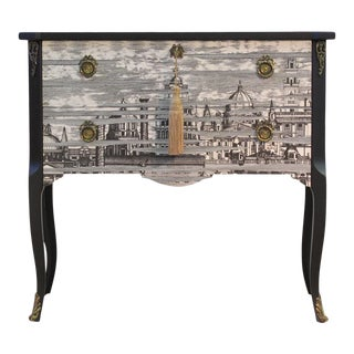 Classic Gustavian Louis XV Style Chest For Sale