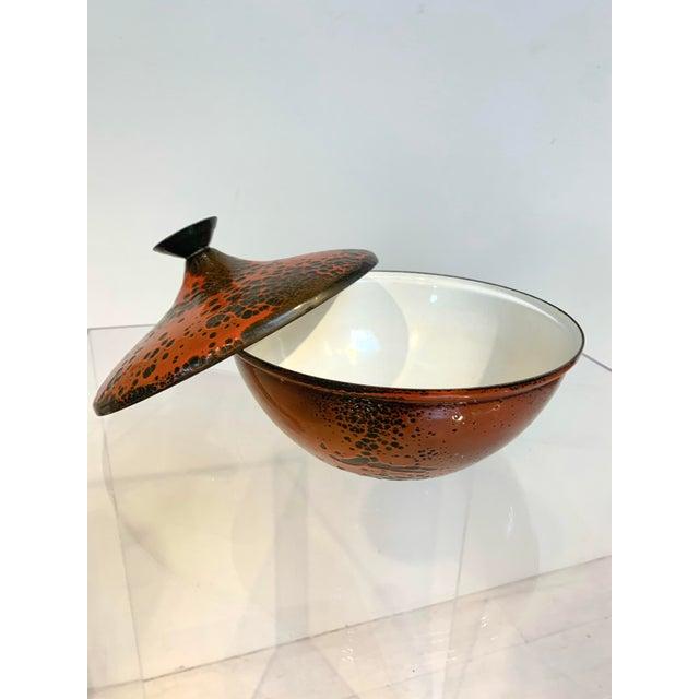"Mid-Century lidded enamel casserole bowl / terrine / serving dish by Hanova of Pasadena circa 1960s Red & brown ""lava""..."