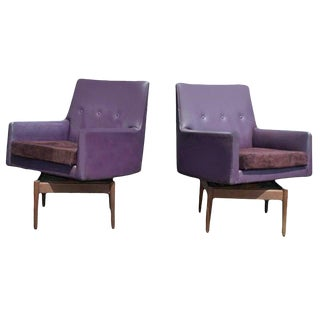 Pair of Vintage Jens Risom Walnut Swivel Lounge Armchairs Suede Seat For Sale