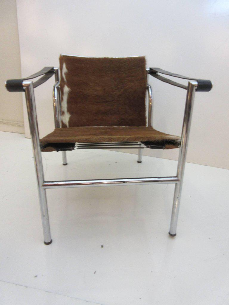 Le Corbusier, Pierre Jeanneret And Charlotte Perriand LC1 Chair By Cassina    Image 9 Of
