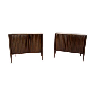 Pair of Mid-Century Modern Night Stands or End Tables by Edmond Spence For Sale