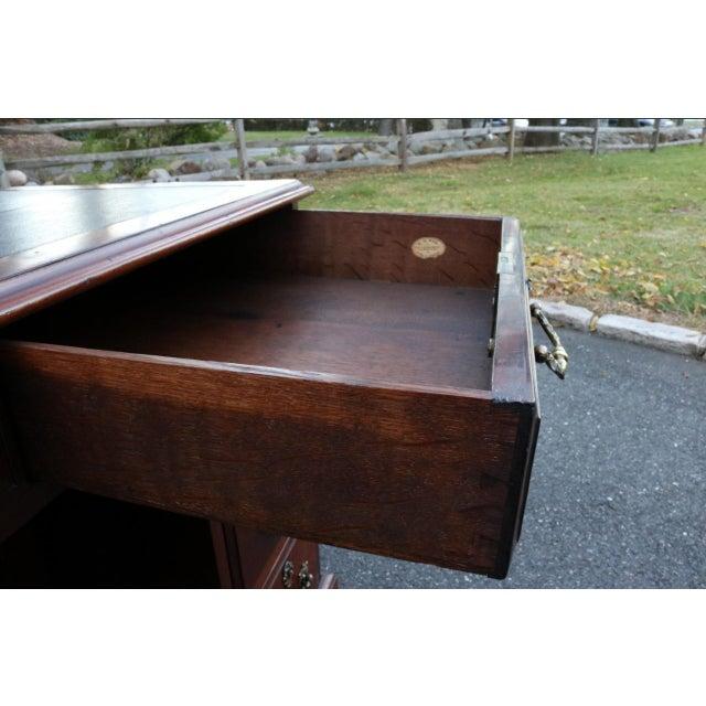 George III Mahogany Kneehole Desk - Image 8 of 11