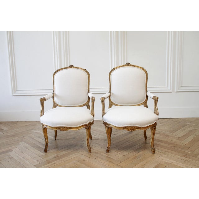 19th Century Carved Giltwood French Louis XV Style Open Arm Chairs For Sale - Image 13 of 13