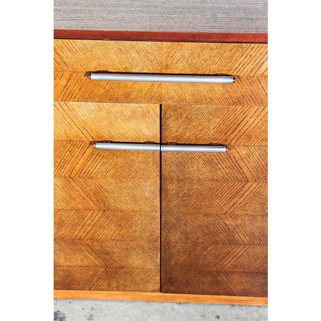 Brown Gilbert Rohde Herman Miller Art Deco 1933 World's Fair Dressers Matched Pair For Sale - Image 8 of 11