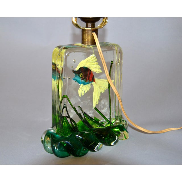 Blue Gino Cenedese Murano Glass Table Lamp & Shade With Fish and Seaweed, Italy 1950 For Sale - Image 8 of 13