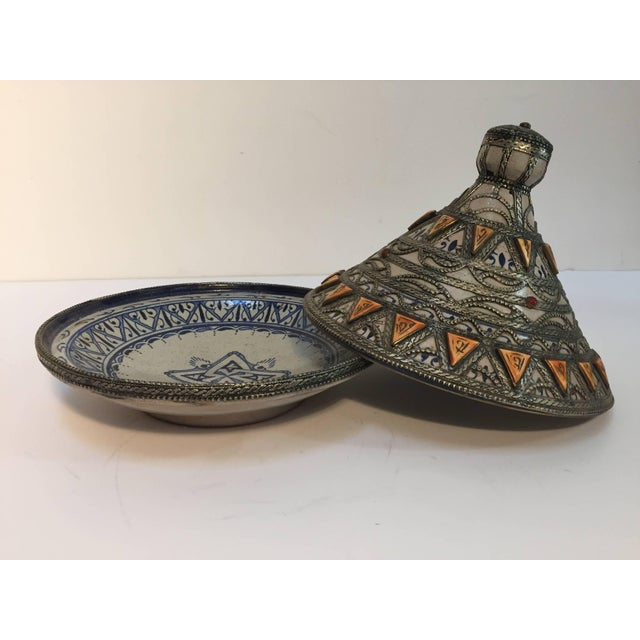 Moroccan Ceramic Polychrome Tajine with Leather Stones and Metal Overlay For Sale In Los Angeles - Image 6 of 10