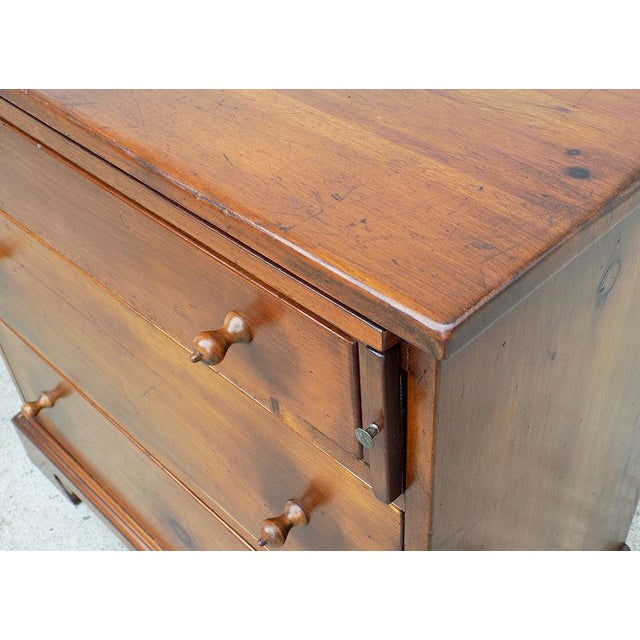 1950s Vintage Pine Tique 3-Drawer Bachelors Chest For Sale - Image 10 of 11