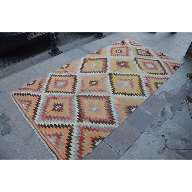 Vintage Turkish Kilim Rug - 5′4″ × 10′7″ - Image 4 of 6