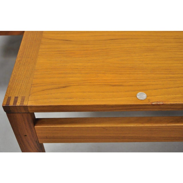 Orange 1960s Mid-Century Modern Ole Gjerlov-Knudsen & Torben Lind Moduline France & Son Corner Teak Coffee Table For Sale - Image 8 of 13