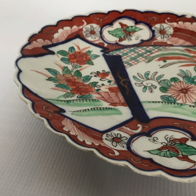 Asian Oval Scalloped Imari Platter For Sale - Image 3 of 8