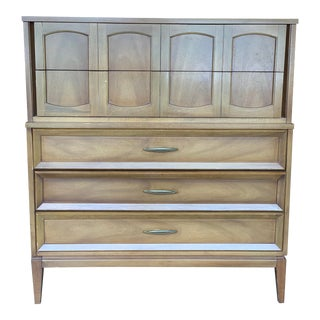 Mid-Century Modern Dresser by Dixie For Sale
