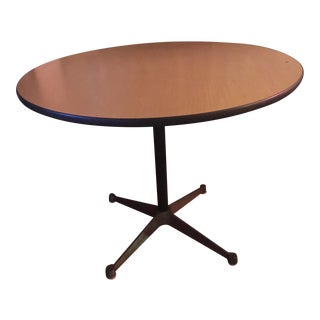 Herman Miller George Nelson Pedestal Round Table