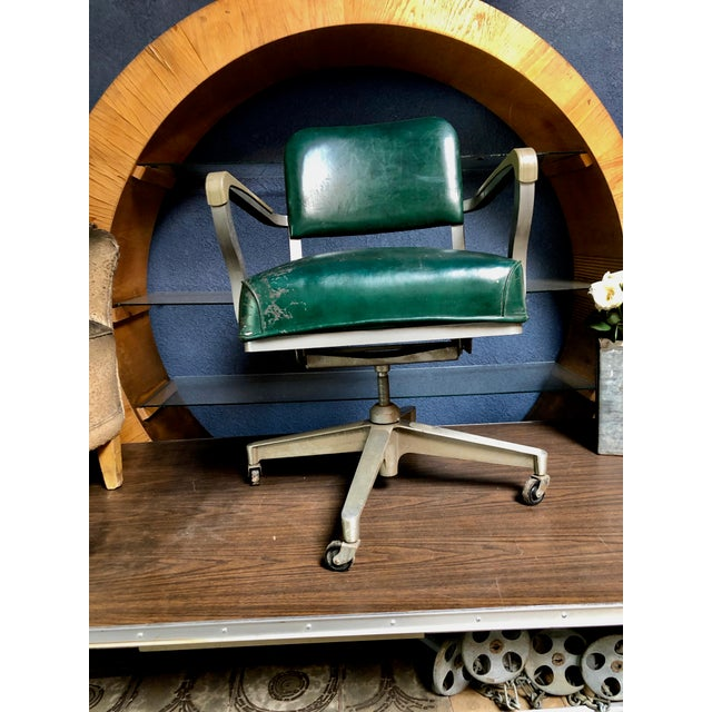 1950s Vintage Beefy Steelcase Banker Rolling Desk Chair For Sale In Sacramento - Image 6 of 11