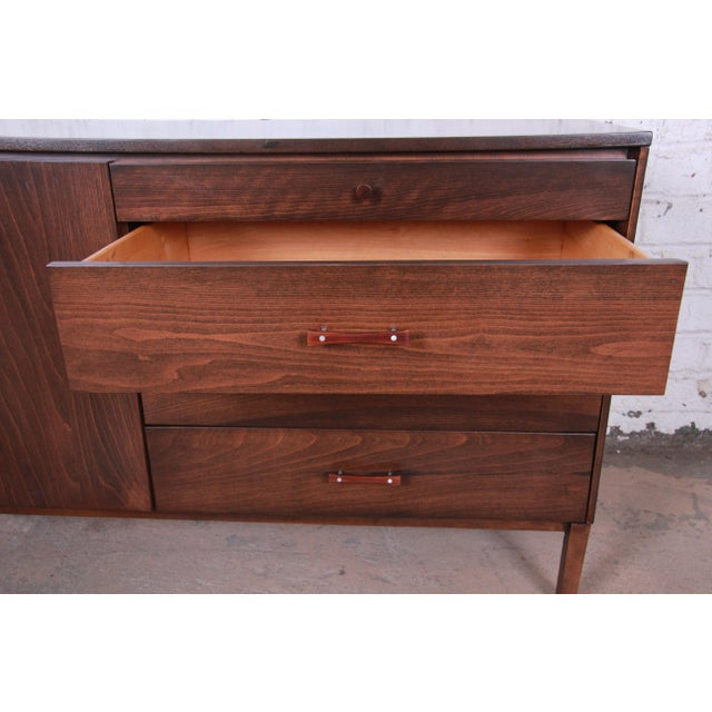 Paul McCobb Perimeter Group Birch Credenza, Newly Restored For Sale - Image 10 of 13